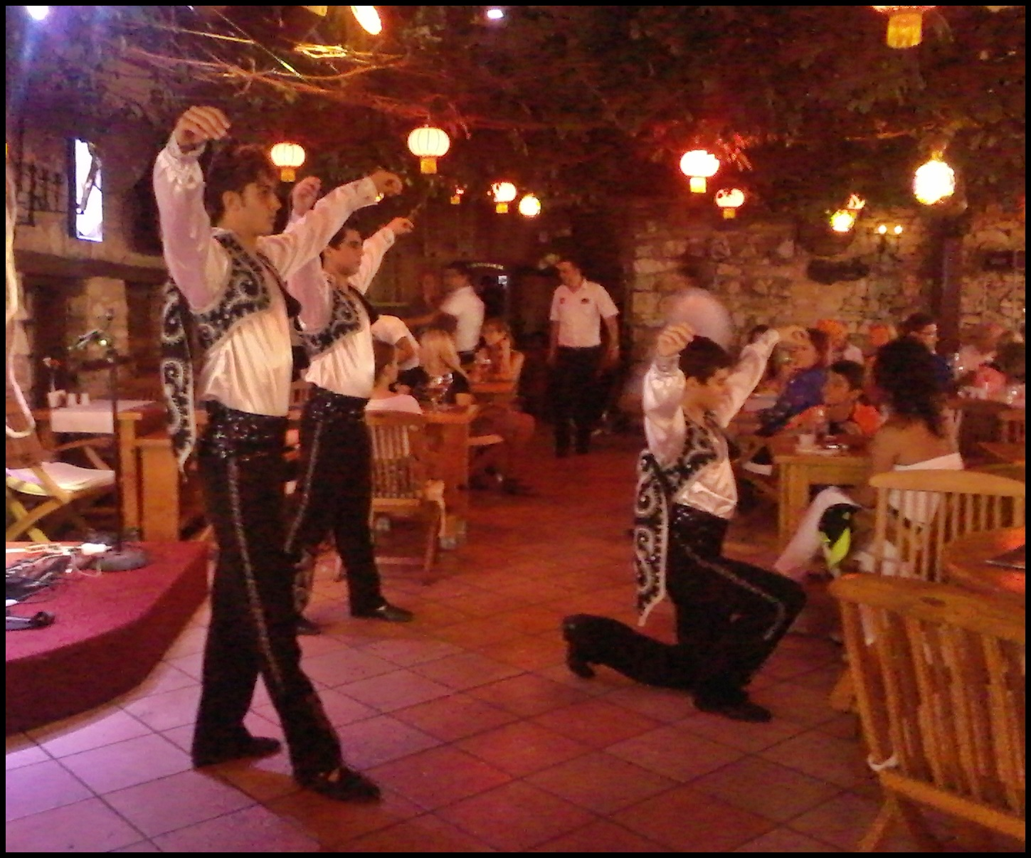 cultural-turkey-–-folk-dancing